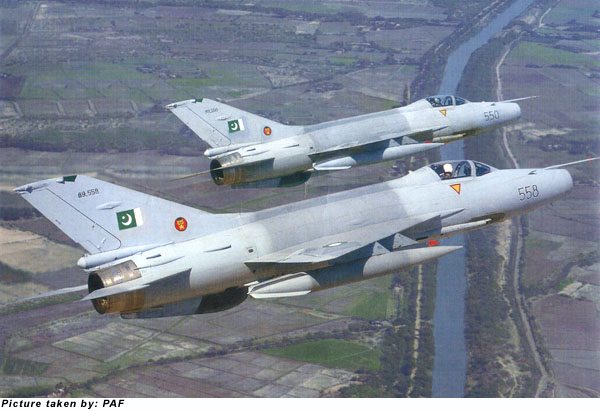 Chengdu F-7/J-7 Airguard - CombatAircraft.com